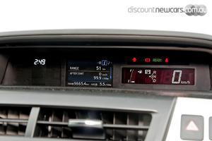 2019 Toyota Prius V Auto