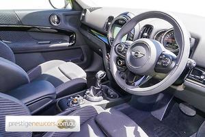 2019 MINI Countryman Cooper Auto