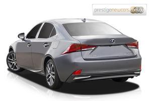 2018 Lexus IS300h Luxury Auto