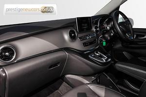 2018 Mercedes-Benz V220 d Auto